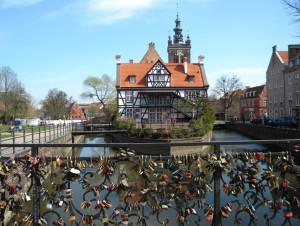 Most Miłości przy Kanale Raduni