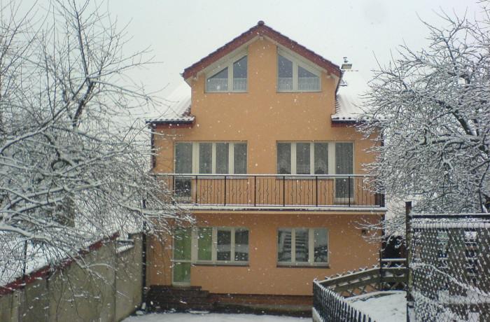 Zima – widok z ogrodu